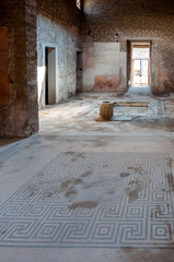 Fototapete - Ancient mosaics and interior of a house at Pompeii - Italy - Pom