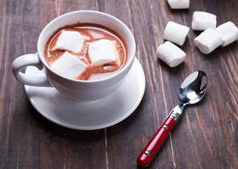 Fotobehang - Cup of hot cocoa with marshmallows