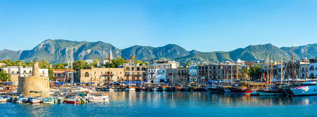 Photo sur cadre textile Chypre Panorama of Kyrenia harbour. Kyrenia (Girne), Cyprus