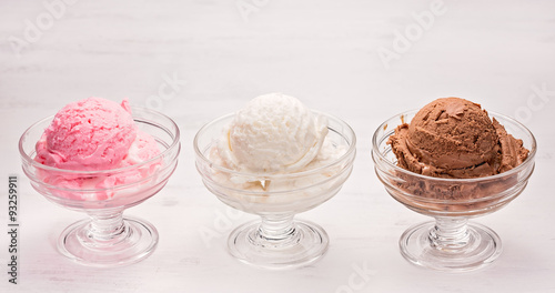 мороженое клубника шарики ice cream strawberry balls  № 2145058 без смс