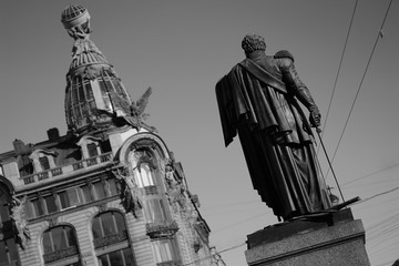 monument in saint-petersburg russia