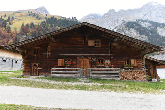 Berghütten in den Alpen