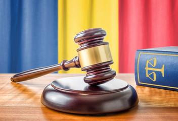 Richterhammer und Gesetzbuch - Rumänien