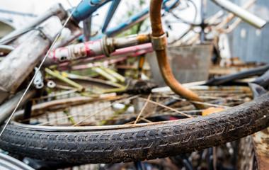 Alter Fahrradreifen