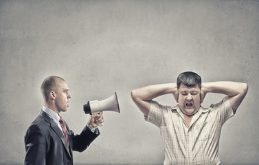 Agression in communication
