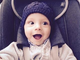Bellissimo bambino sorridente