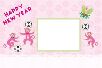 申年の可愛いピンクの猿とサッカーボールのイラスト年賀状フォトフレーム