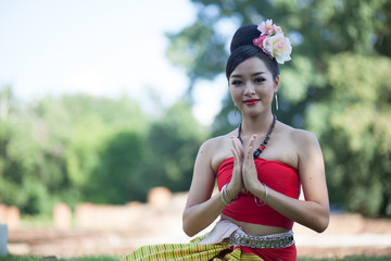 asian women in traditional costume of thailand southeast asia