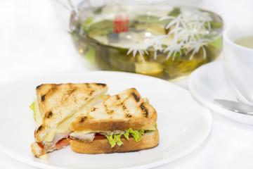 sandwich and tea