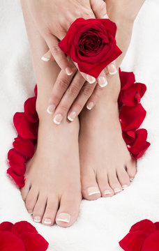Pedicure Manicure Spa Set Feet Hands Red Roses