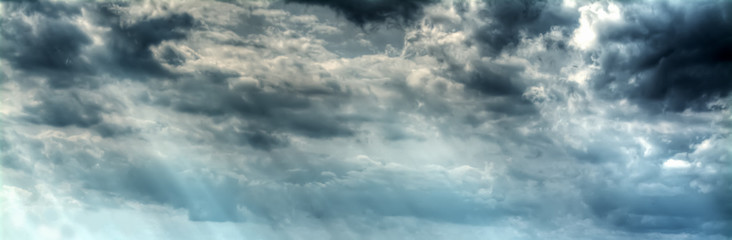 Fotobehang - overcast grey sky