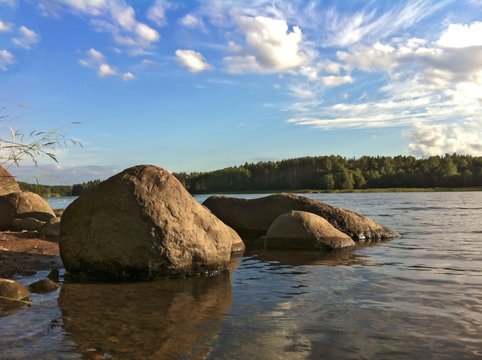 The picturesque lanscape of the shores of the Gulf of Finland