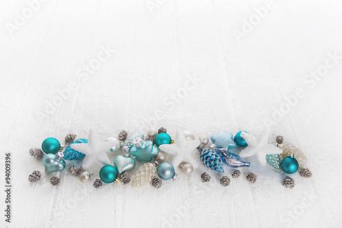 wei t rkis blaue dekoration zu weihnachten mit. Black Bedroom Furniture Sets. Home Design Ideas