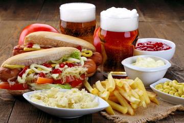 Hot dog e birra