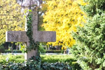 Steinkreuz - Friedhof