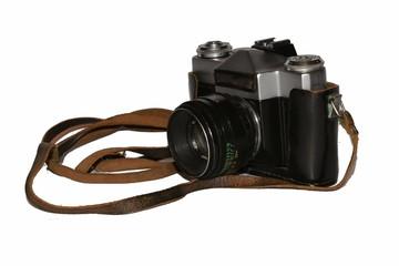 старый фотоаппарат в чехле