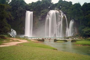 BanGioc waterfall c
