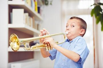 Little trumpeter