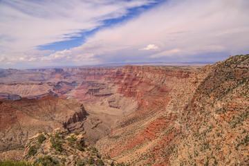 malerische Farben und Felsformationen im Grand Canyon