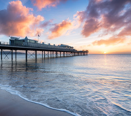 Wall Mural - Sunrise over the Pier