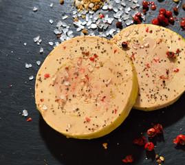 foie gras sur une ardoise