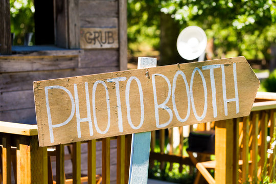 Wood Wedding Photobooth Sign