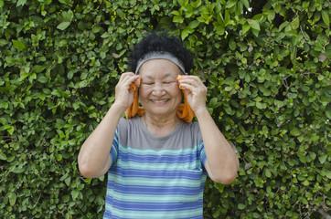 Portrait of Asian Elderly Exercise in the park
