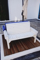 Modern style wooden chair white