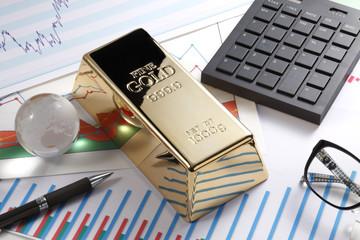 金塊とチャート