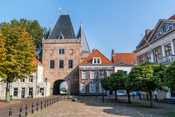 Koornmarkt square and gate in the old city centre of Kampen, Overijssel, Netherlands Fototapete
