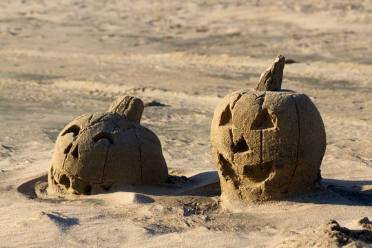 Sand Sculpture of Jack O Lantern Pumpkins