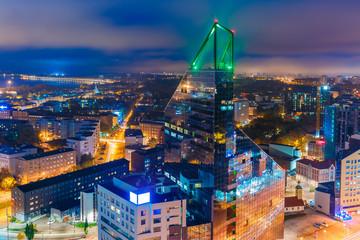 Stores à enrouleur Europe de l Est Aerial view city at night, Tallinn, Estonia