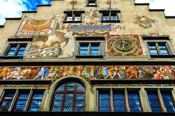 Das reich bemalte Rathaus in Lindau am Bodensee, erbaut 1422-36