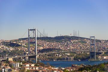 Bosporusbrücke in Istanbul/Türkei