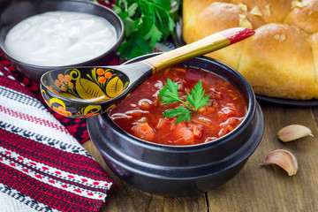 Traditional ukrainian and russian national red borscht, closeup