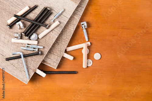 Hardware And Wood Planks For Furniture Assembly Immagini E Fotografie Royalty Free Su Fotolia