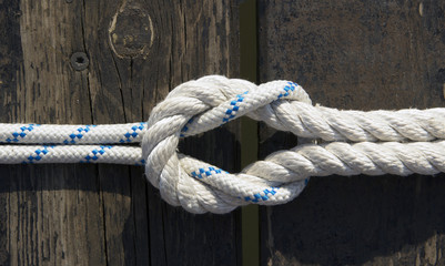 Knot on ropes