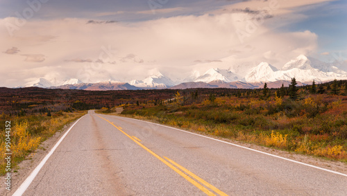 Wall mural Highway Passes Through Changing Colors Alaska Mountains Autumn S