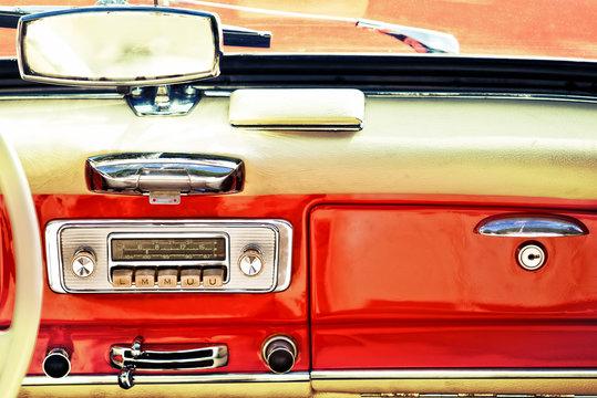 vecchia autoradio