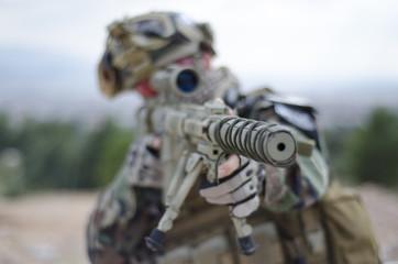 Soldier aim target scope