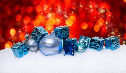 Weihnachten Kugeln und Geschenke
