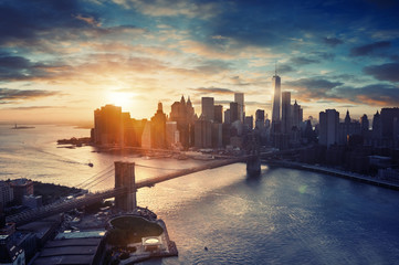 Fototapete - New York City - Manhattan after sunset - beautiful cityscape