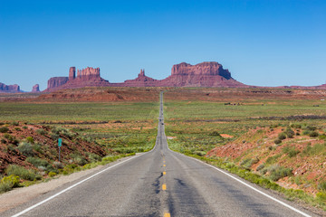 Road to the Monument Valley, Utah, USA