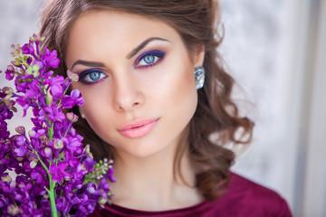 Beauty Girl. Fashion Woman Portrait