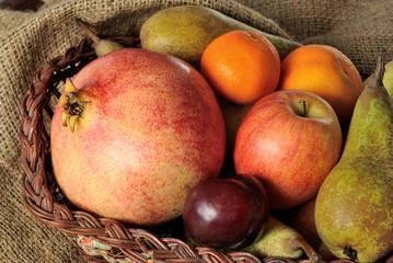 Cerca Immagini Cesto Di Frutta