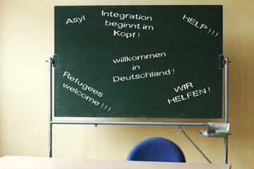 Schultafel, Asylschlagworte, refugees welcome