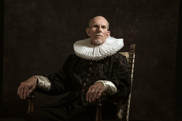 Official portrait of historical governor from the golden age. Si