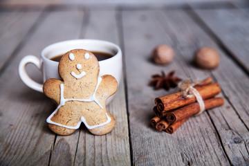 Christmas food. Gingerbread man cookies in Christmas setting. Xmas dessert