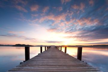 Sonnenaufgang am See - bayrisches Seenland