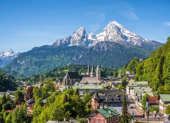 Historic town of Berchtesgaden with Watzmann mountain in spring, Berchtesgadener Land, Upper Bavaria, Germany